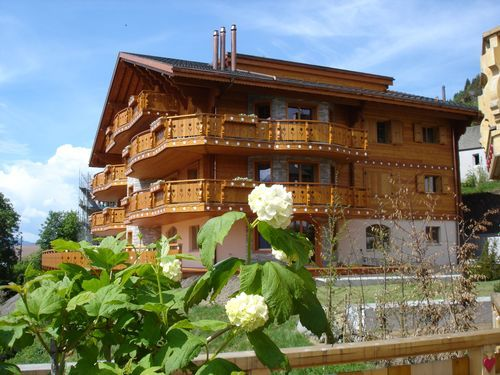 3 bed apartment for sale in Leysin, Vaud, Switzerland
