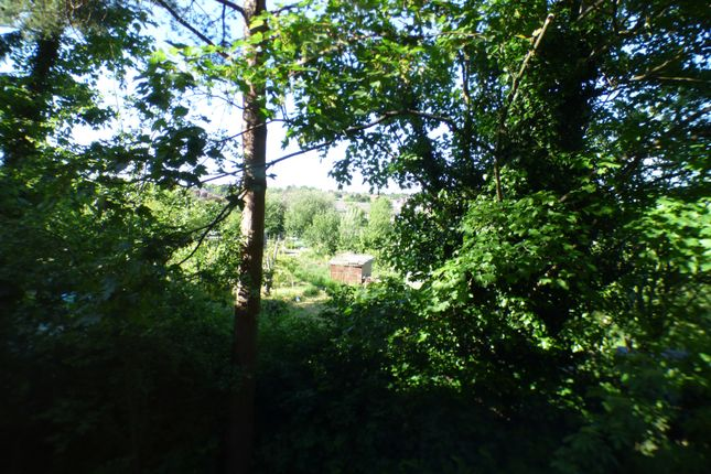 Views of Fernwood Court, Pickard Close, Southgate N14