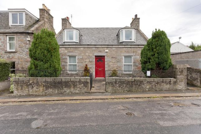 4 bed flat to rent in Orchard Place, Aberdeen AB24