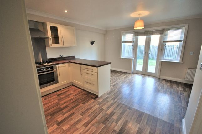 3 bed town house to rent in Bendwood Close, Padiham BB12