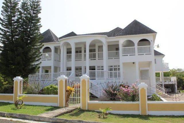 Thumbnail Villa for sale in Ocean Ridge Drive, Rio Nuevo, St. Mary
