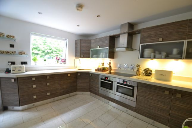 Thumbnail Town house to rent in Swiss Hill, Alderley Edge