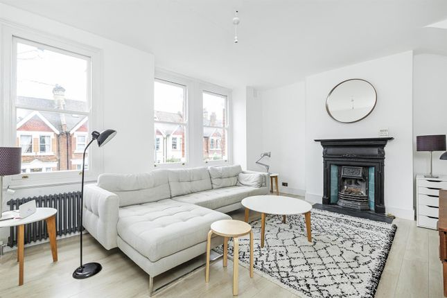 Thumbnail Maisonette to rent in Penwortham Road, London
