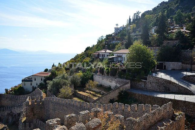 Thumbnail Town house for sale in Castle, Alanya, Antalya Province, Mediterranean, Turkey