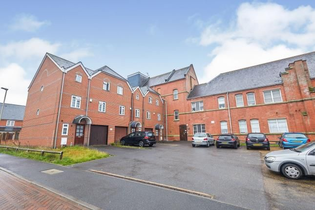 Building Views of Grosvenor Gate, Leicester LE5