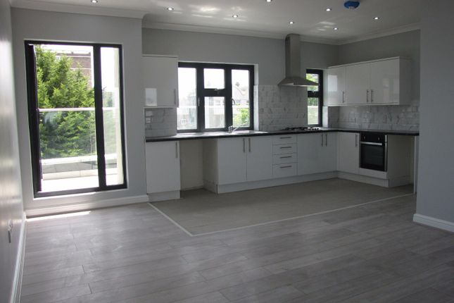 Thumbnail Flat to rent in Claremont Close, North Woolwich, London
