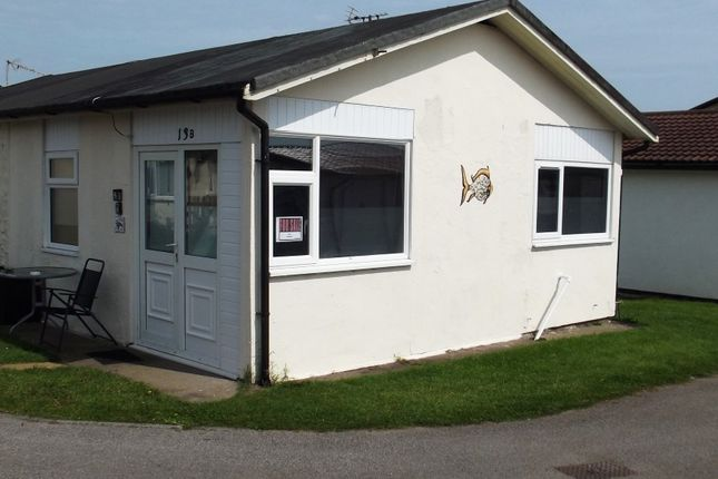 Thumbnail Mobile/park home for sale in 13B Sixth Avenue, South Shore Holiday Village, Bridlington