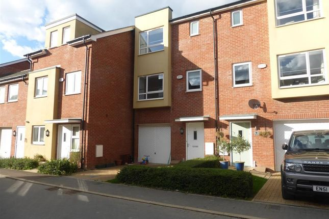 Thumbnail Property to rent in Stilton Close, Aylesbury