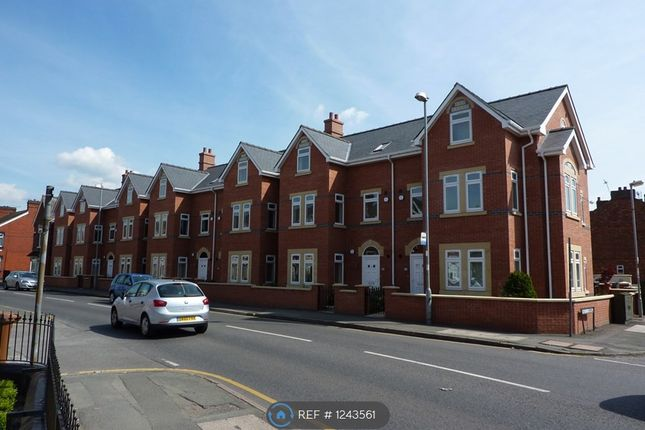 2 bed maisonette to rent in Mulsanne Row, Crewe CW1