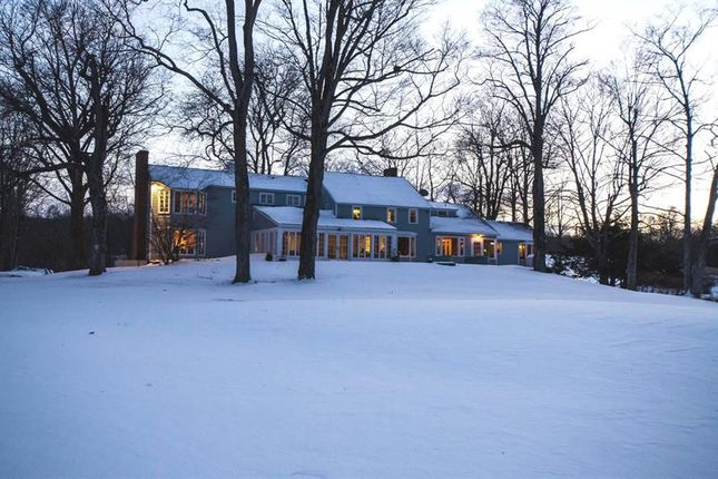 Thumbnail Property for sale in 1078 Netherwood Rd Hyde Park, Pleasant Valley, New York, 12538, United States Of America