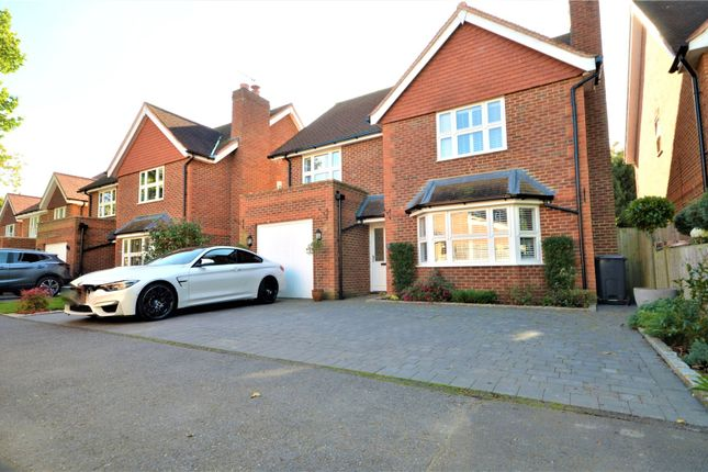 Thumbnail Detached house to rent in Horley, Surrey