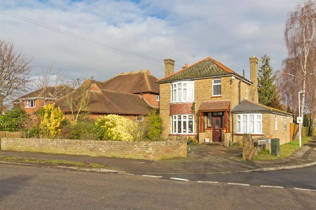 Thumbnail Detached house for sale in Park Avenue, Sittingbourne