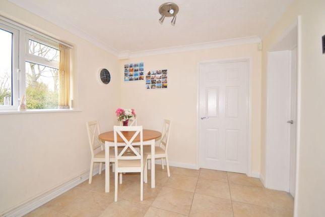 Breakfast Area of Brookside, Weston Turville, Aylesbury HP22