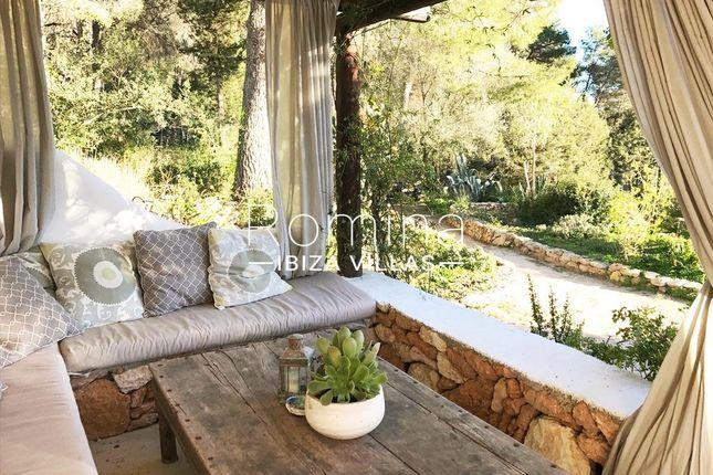 Terrace Sitting Area