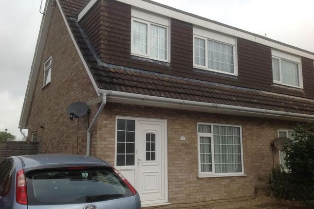 Thumbnail Cottage to rent in Chingford Avenue, Clacton On Sea
