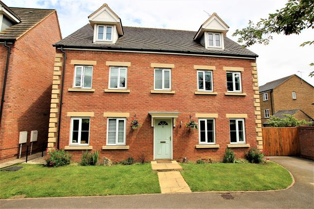 Thumbnail Detached house for sale in Sir Henry Jake Close, Banbury