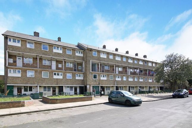 Thumbnail Flat for sale in Sewell Road, London