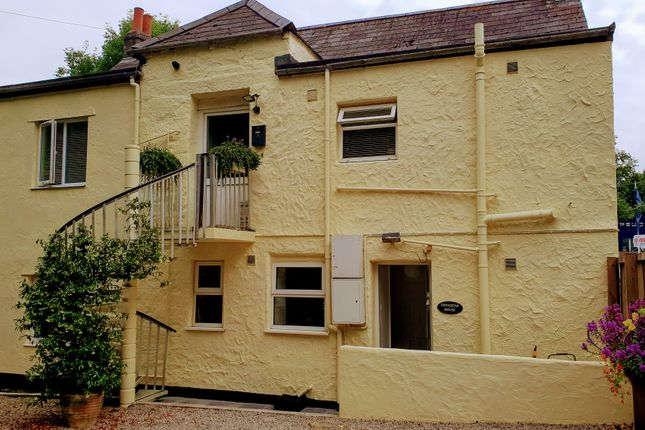 2 bed flat for sale in Townsend House, Browns Hill, Penryn, Cornwall TR10