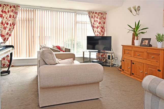 Picture No. 03 of Wide Lane, Morley, Leeds LS27