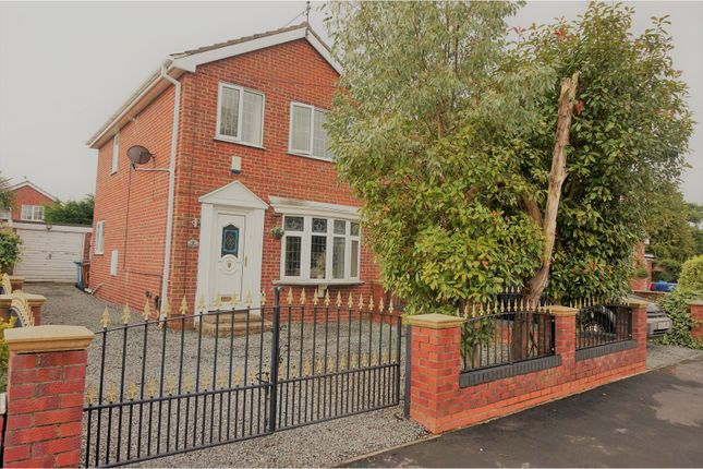 Thumbnail Detached house for sale in Windle Avenue, Hull