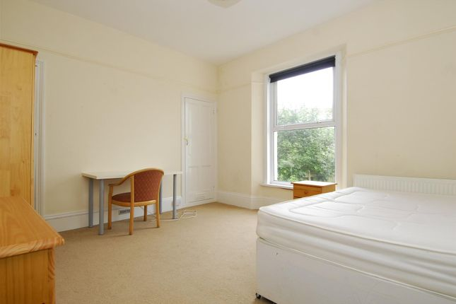 Thumbnail Flat to rent in Lockyer Road, Flat 3, Plymouth