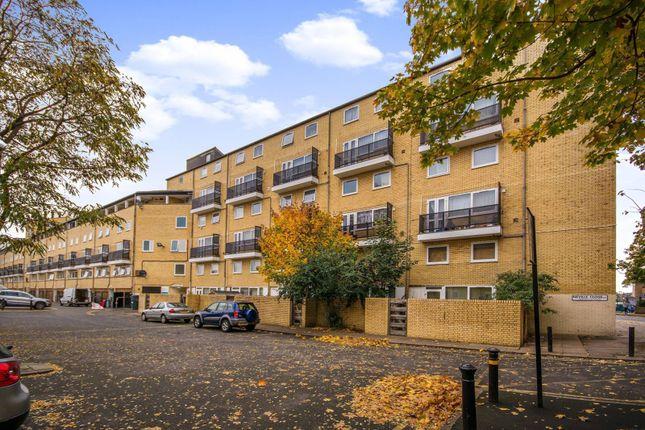 Thumbnail Flat to rent in Neville Close, Peckham
