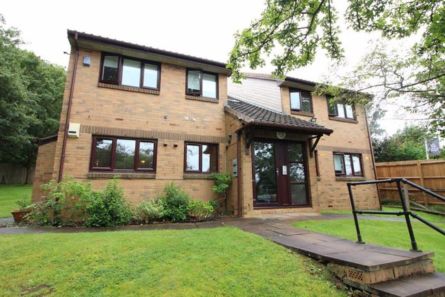 Thumbnail Flat to rent in Richards Close, Bushey