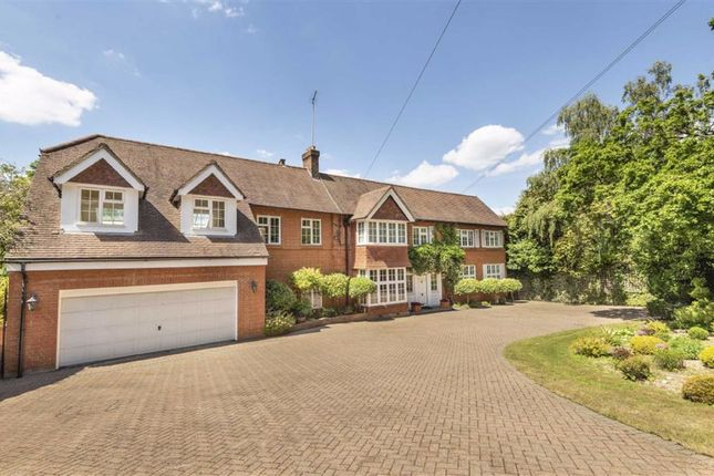 Thumbnail Detached house for sale in Barnet Lane, Elstree, Hertfordshire