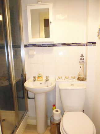 Shower Room of Flat 2/2, 74, Ardbeg Road, Rothesay, Isle Of Bute PA20