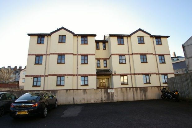 Thumbnail Flat to rent in Freemantle Gardens, Plymouth