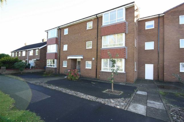 Thumbnail Flat to rent in The Parkway, Willerby