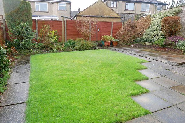Picture No. 41 of Acre Avenue, Bradford, West Yorkshire BD2