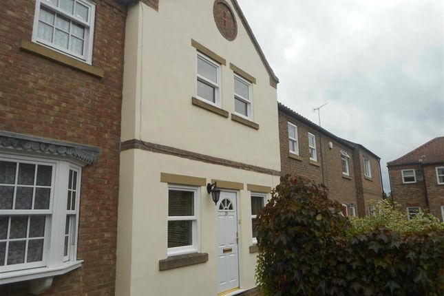 Thumbnail Town house to rent in Waterside, Ripon