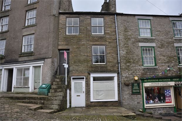 Thumbnail Commercial property for sale in Front Street, Alston, Cumbria.