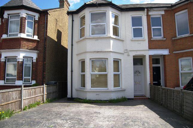 Thumbnail Studio to rent in East Barnet Road, New Barnet, Barnet