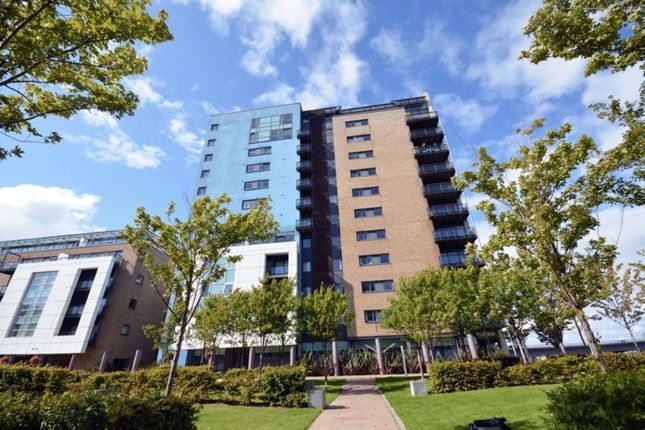 2 bed flat for sale in Ferry Court, Cardiff