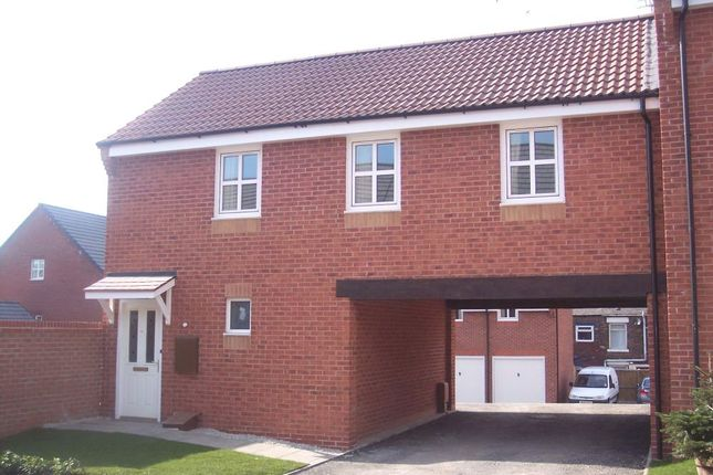 Thumbnail Flat to rent in Mona Road, Chadderton, Oldham, Lancashire
