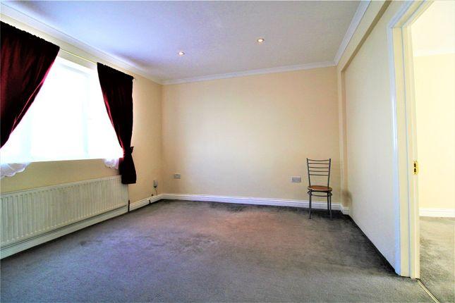 Picture No. 06 of Burrage Place, London SE18