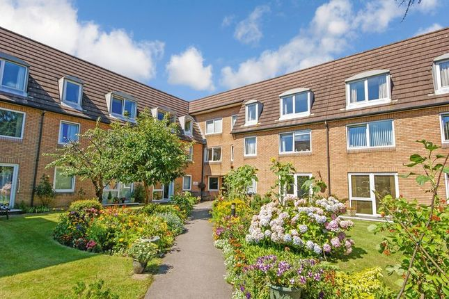 Thumbnail Flat for sale in Homepoint House, Southampton