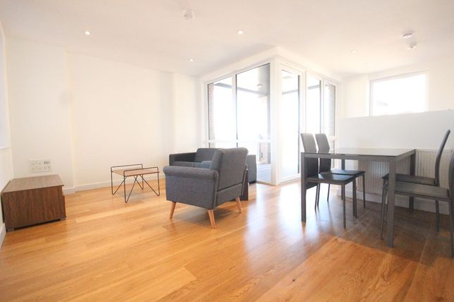 Thumbnail Flat to rent in Holman Drive, Southall