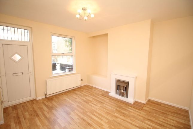 Thumbnail Terraced house to rent in Westbourne Mount, Leeds