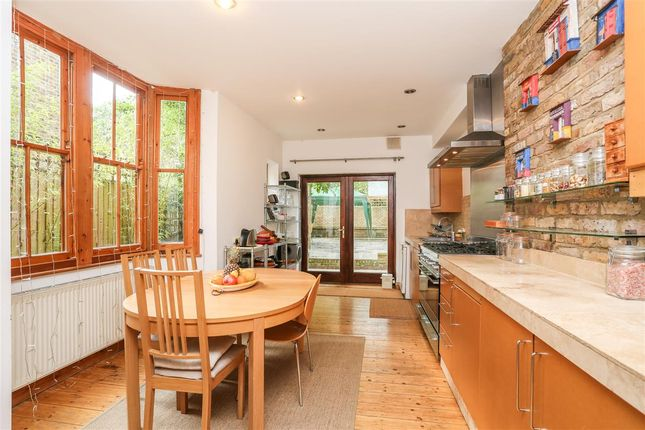 Thumbnail Terraced house for sale in Mercers Road, London