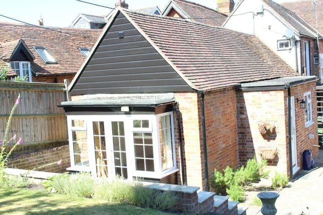 Thumbnail Cottage to rent in High Street, Hungerford, 0Nb.