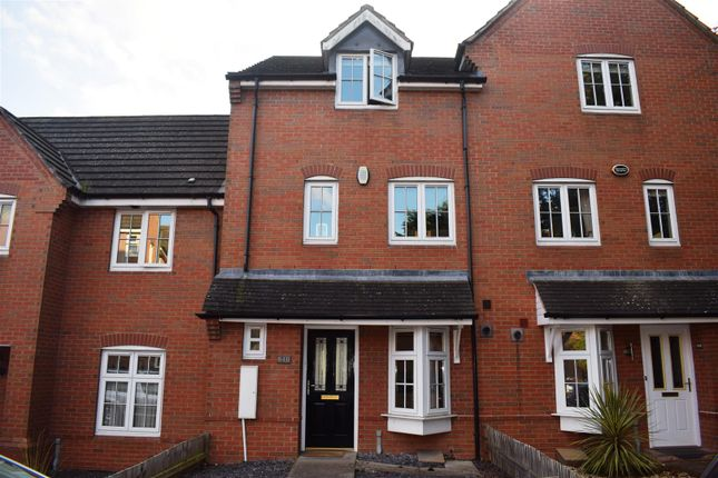 Thumbnail Property for sale in Evesham Road, Redditch
