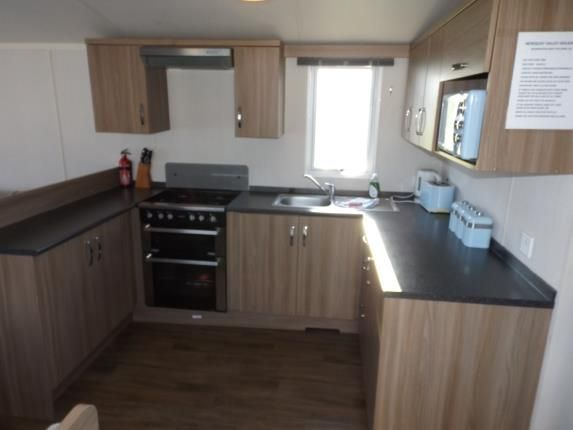 3 bed mobile/park home for sale in Trevelgue, Porth, Newquay