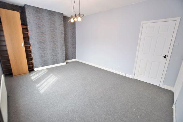 2 bed flat to rent in Durban Street, Blyth NE24
