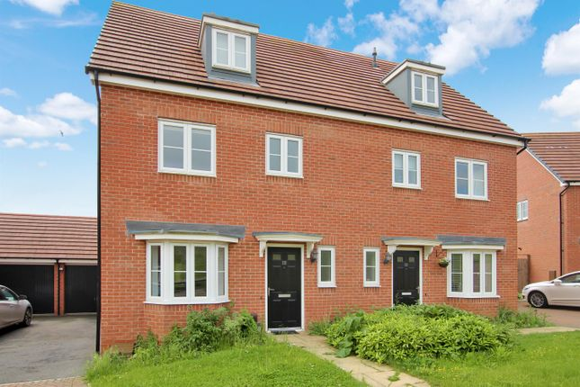 Thumbnail Semi-detached house to rent in Cookridge Close, Redditch