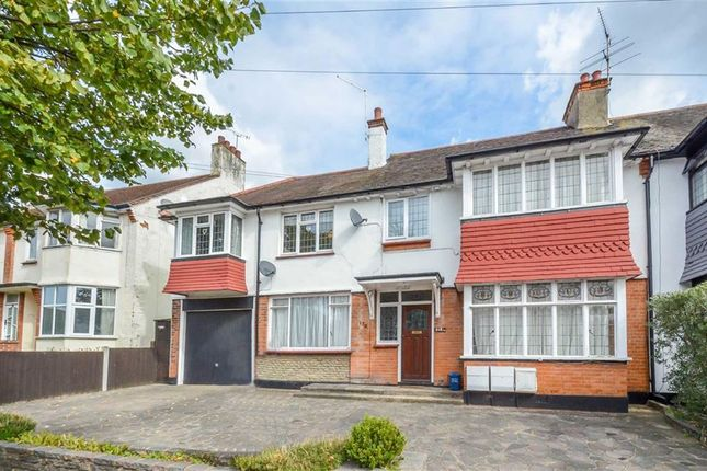 Thumbnail Flat for sale in Hadleigh Road, Leigh-On-Sea, Essex
