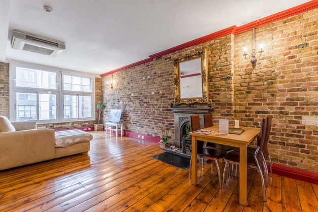 Flat for sale in Curtain Road, Shoreditch, London