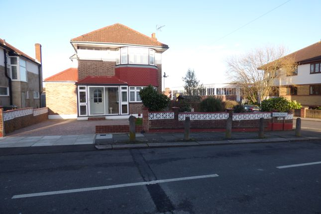 Thumbnail Detached house for sale in Farmleigh, Southgate
